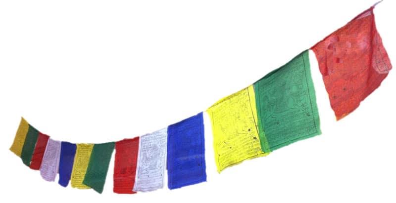 Drapeaux de prières - 15 drapeaux de 20 x 27.5 cm - guirlande d'environ 3 m de long